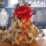 Medium_Gift_Wrapped_Teddy